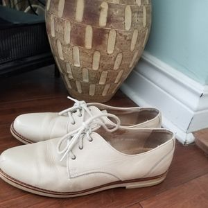 HUSH PUPPIES Leather Oxfords (Size 10/8.5Y)
